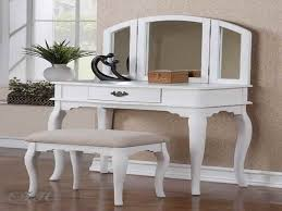 Vanity Table And Bench Set White Vanity Table Will Look Beautiful And Luxurious Beauty Home