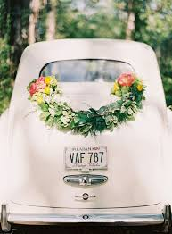 wedding flowers mississauga wedding trend spotting garlands dandie andie floral designs