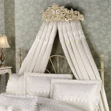 Victorian Canopy Bedroom Set Bedroom Furniture Victorian Style Canopy Bed With Off White