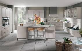 landhausküche grau landhausküchen vergleichen landhausküchen günstig kaufen mit