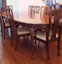 thomasville queen anne dining table and six chairs ebth
