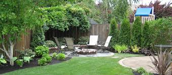 Back Garden Landscaping Ideas Back Yard Landscaping With Garden Using Garden Edging Then Also