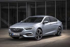 opel insignia 2014 new opel insignia arrives in ireland changing lanes