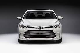 cars toyota black 2016 toyota avalon first look motor trend