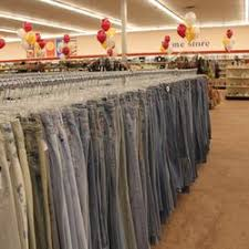 goodwill southern california retail store 15 photos 30 reviews
