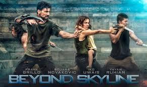 film laga yang dibintangi iko uwais lihat aksi iko uwais menghajar alien di trailer anyar beyond skyline