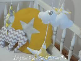chambre b b jaune chambre bebe jaune et blanc idées décoration intérieure farik us