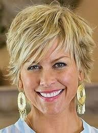 17 short shaggy hairstyles for women over 50 shaggy hairstyles