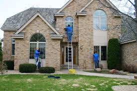 7 things to consider when hiring a window cleaning service