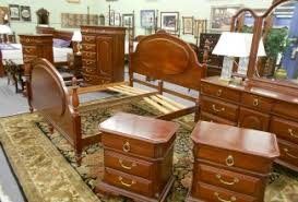 traditional cherry and mahogany bedroom furniture ready for your