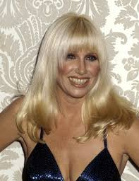 suzanne somers hair cut sometimes it s the hair and makeup that make the golden globes