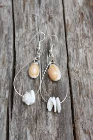 best 25 shell jewelry ideas on pinterest pearl necklaces