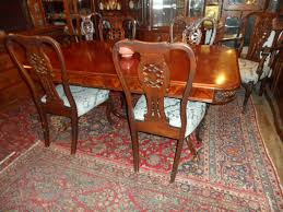 174 mahogany dining room set with 6 chairs table with 4 skirted