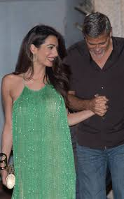 is amal clooney hair one length amal clooney glitters in green during date night with george