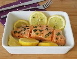 recette cuisine vapeur saumon à la vapeur mariné aux herbes aux fourneaux