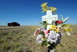 roadside memorial crosses roadside memorials honoring victims of fatal wrecks montana