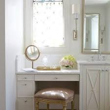 Bathroom Vanities With Sitting Area by Best 25 Bathroom Makeup Vanities Ideas On Pinterest Makeup