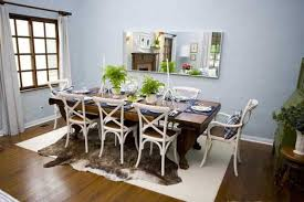 modern thanksgiving table decorations on dining room with table