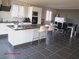 photo de cuisine avec ilot cuisine avec ilot central et bar pour idees de deco de cuisine