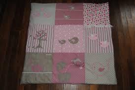 tapis chambre d enfants tapis sol chambre bébé lit bas bébé literie
