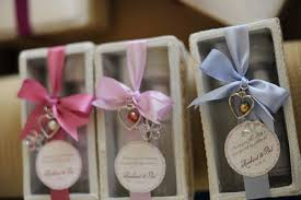 wedding giveaways ideas for principal sponsors lading for