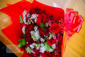 flower delivery nairobi the red petal florists