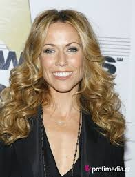 sheryl crow hairstyle easyhairstyler
