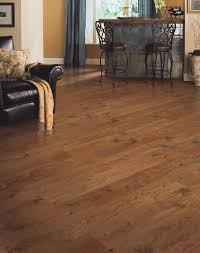 Knotty Pine Laminate Flooring Flooring Mohawk Laminate Flooring Laminate Floor Finish