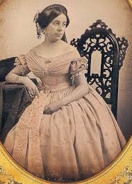 dating old family photos by women u0027s hairstyles victorian