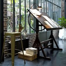 bureau table dessin la fabrique à déco un coin bureau à la fenêtre idées d