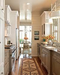 cuisine couloir aménager une cuisine 40 idées pour le design magnifique