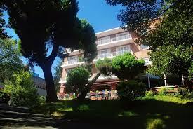 chambre d hote irun hôtel alcazar irun centro ciudad irun trivago fr