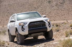 toyota jeep 2017 toyota 4runner vs jeep grand cherokee best off road worthy suv