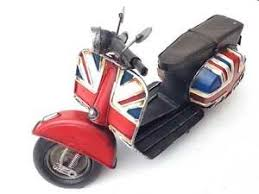 large tin plate model union scooter vespa ornament