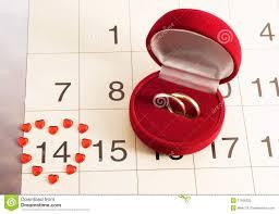 calendrier mariage boucles de mariage sur le calendrier le jour de photo