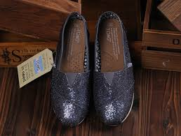womens gray boots on sale i enjoy these shoes this is my favorite it s pretty cool check