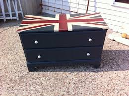 Union Jack Pallet Table The by The 25 Best Union Jack Dresser Ideas On Pinterest Diy Union