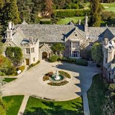 Michael Jackson Backyard The Playboy Mansion Is Now For Sale U2014hef Included U2013 Robb Report