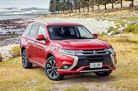 mitsubishi adventure 2017 mitsubishi outlander phev exceed 2017 review snapshot carsguide