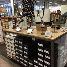 dsw designer shoe warehouse 45 photos 78 reviews shoe stores