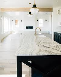 bm simply white on kitchen cabinets benjamin simply white paint color schemes simply