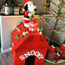 snoopy doghouse christmas decoration 8 dos and don ts for decking out your dog s favorite snuggle spot