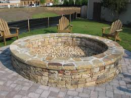 Fire Pit Ideas For Small Backyard by Large Fire Pit Round Stone Fire Pit And Bench With Large Wooden