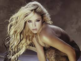 what color is shakira s hair 2015 77 best shakira images on pinterest la la la brazil and good