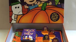 charlie brown halloween game board game live play youtube
