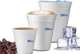 bicchieri in plastica e trasparente dopla