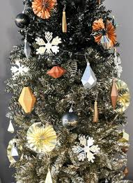 a kailo chic decorate it a black and gold ombrè tree