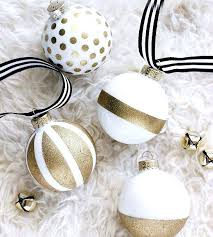 white and gold ornaments silver tree tree ornaments white