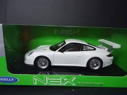 porsche white gt3 welly 18033 porsche 911 gt3 cup white 1 18 diecast model car ebay
