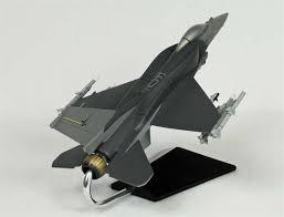 Lockheed Martin Service Desk Lockheed Martin F 16c Falcon Block 60 1 40 Scale Model Available